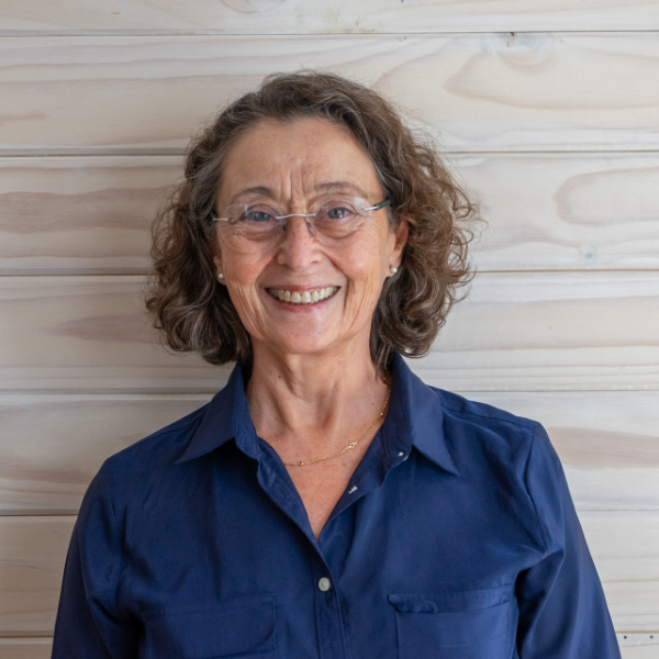 Prof. Cecilia Pizarro, colectivo de salud integrativa CasaFen 2019