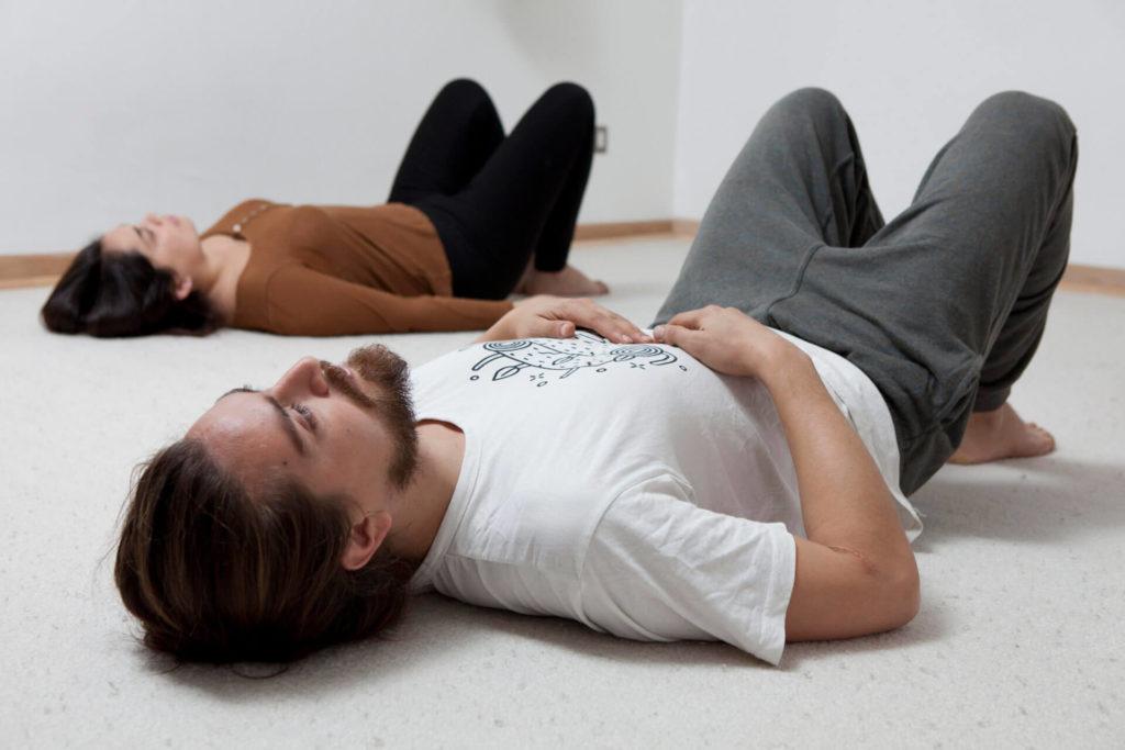 TRE® Ejercicios para la liberación de la tensión, el estres y el trauma CasaFen - foto Christian Demarco 3