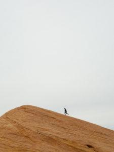 Running, A veces menos es más… CasaFen - Photo by Jeremy Lapak on Unsplash