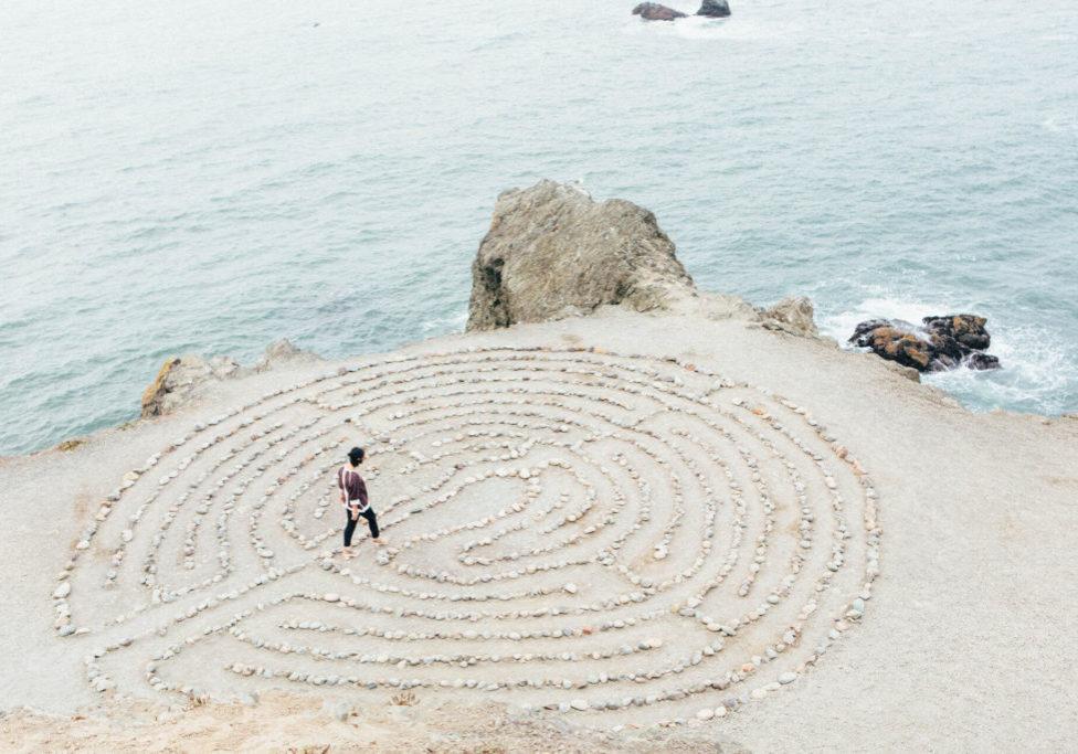 Meditacion CasaFen - Photo by Ashley Batz on Unsplash