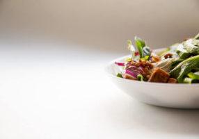 Programa de Vida Plena y Alimentacion Consciente (Mindful Eating) CasaFen - Photo by Hermes Rivera on Unsplash